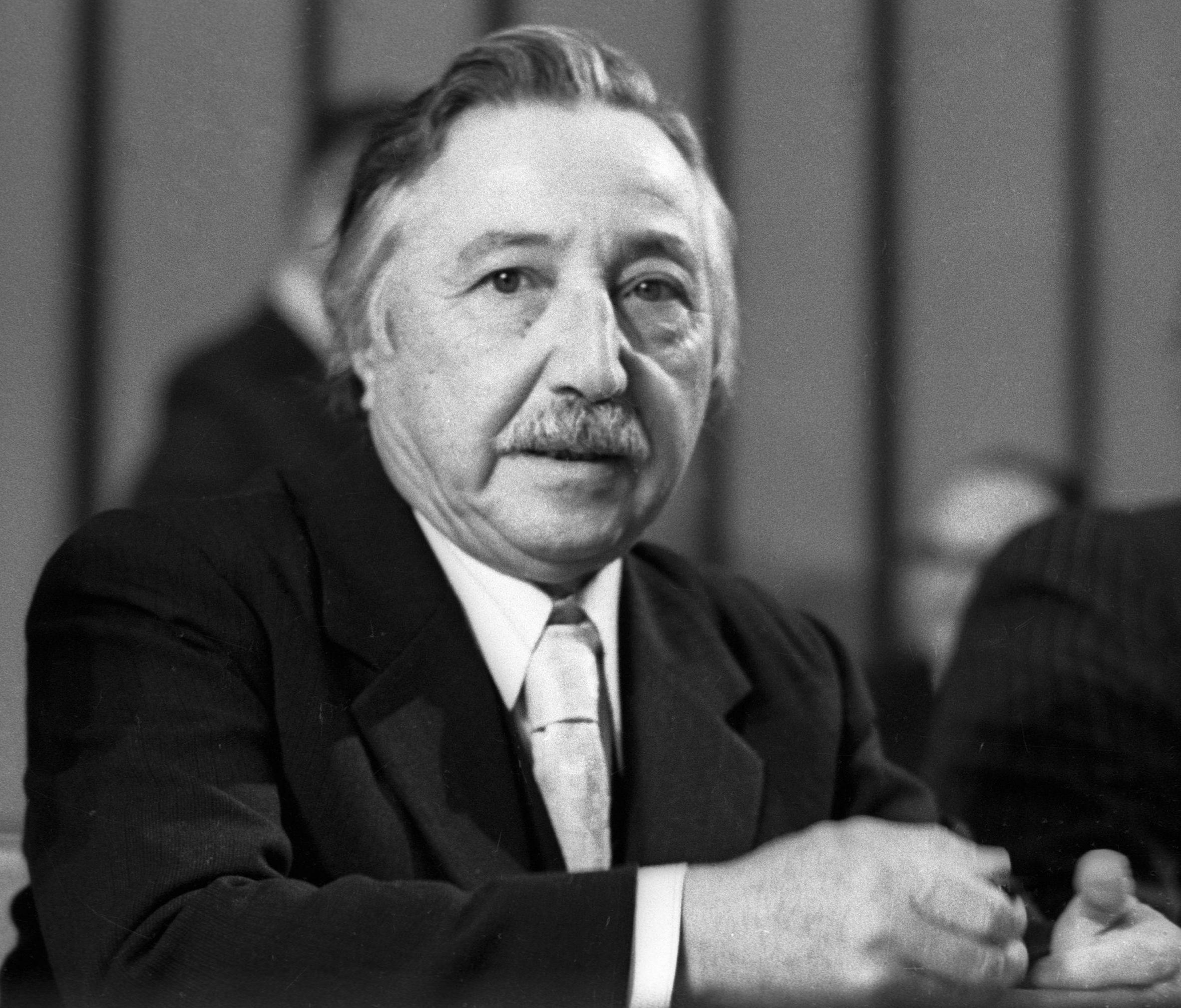 Генеральный секретарь Компартии Чили Луис Корвалан, 1977 год