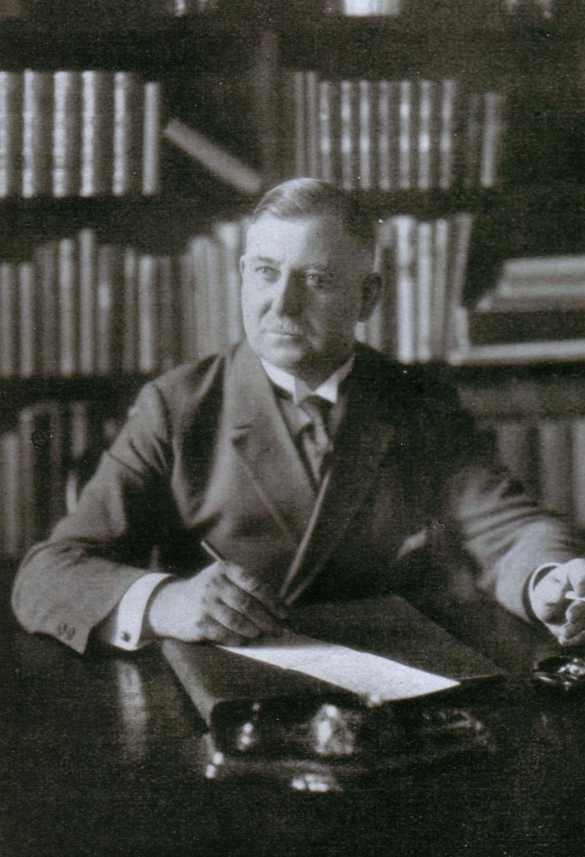 Август Винниг
