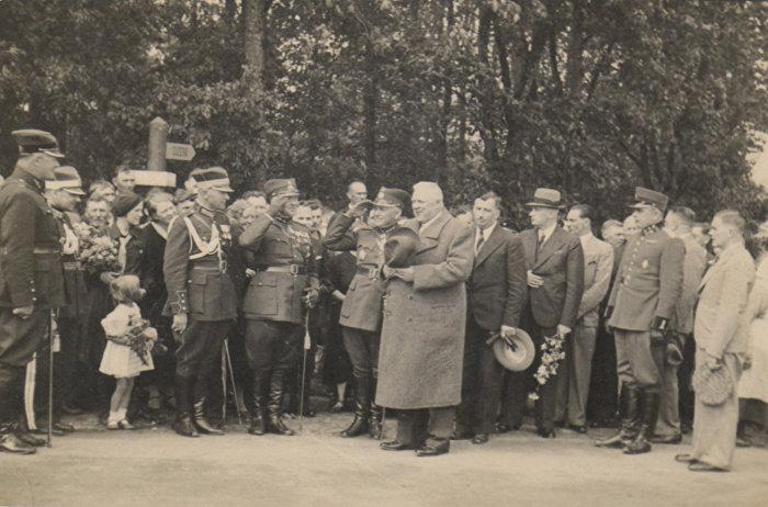 Президент Латвии Карлис Улманис после принятия Гулбенского гарнизонного парада,23 мая 1938 года